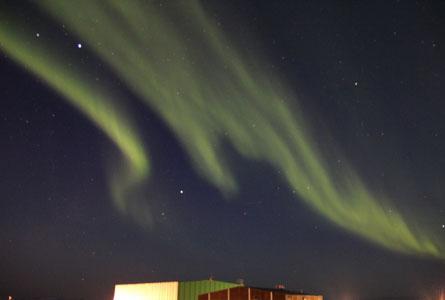 Mawson-Aurora-Mar-2012